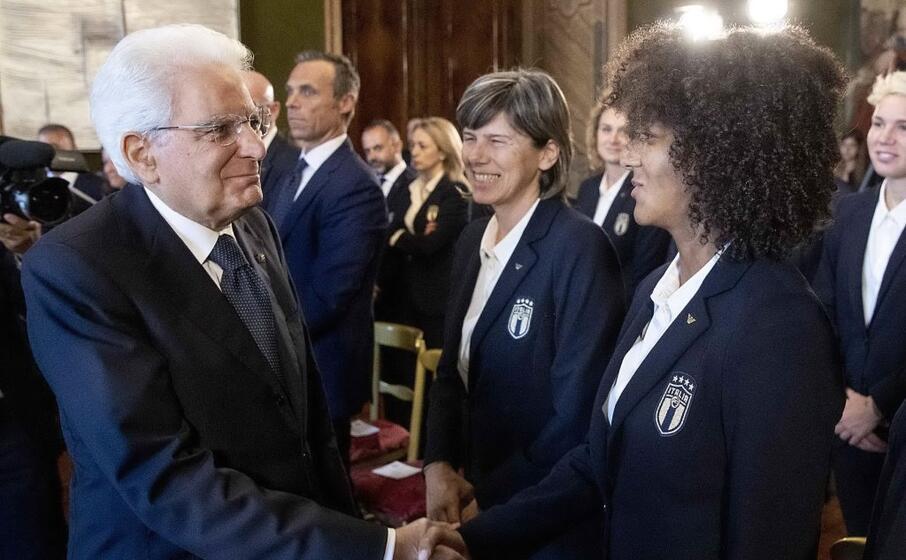 sergio mattarella celebra l italia femminile