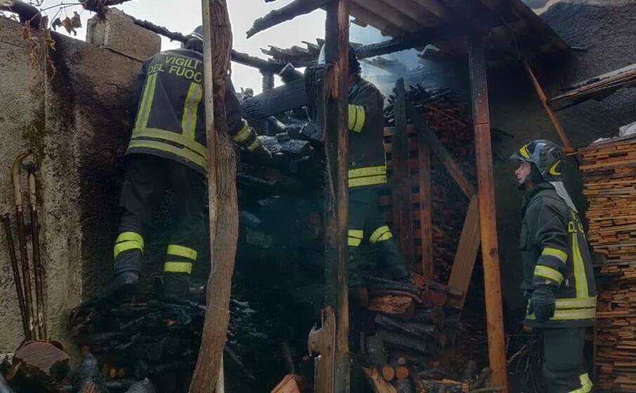 l intervento dei vigili del fuoco (l unione sarda deidda)