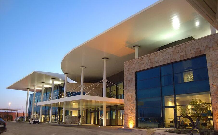 l aeroporto di olbia (wikipedia)