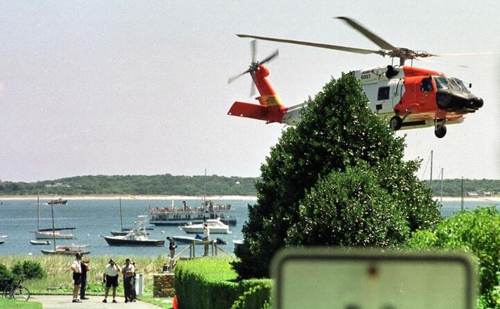 il ritrovamento del corpo l aereo era precipitato in mare