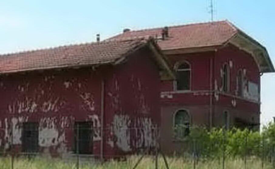 una casa cantoniera (archivio l unione sarda)