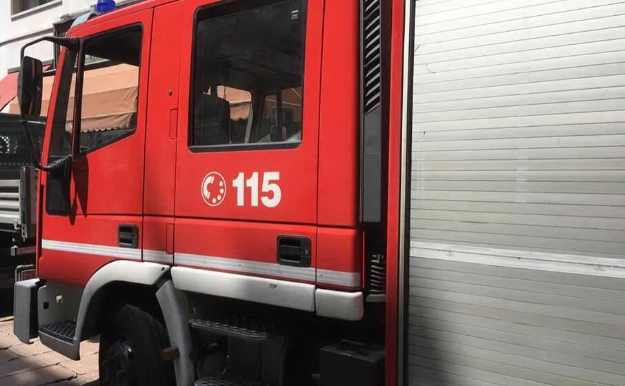 vigili del fuoco (l unione sarda)