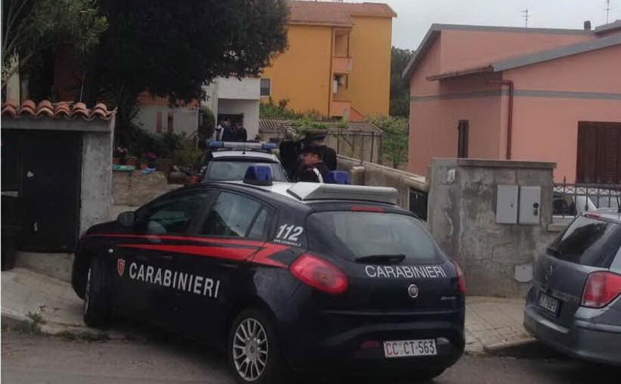 carabinieri di porto torres (foto l unione sarda pala)