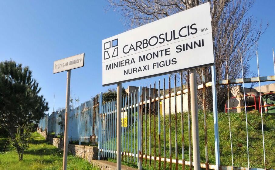 gli uffici della carbosulcis (archivio l unione sarda)