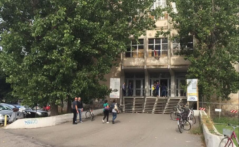 il tribunale di oristano (foto l unione sarda pinna)