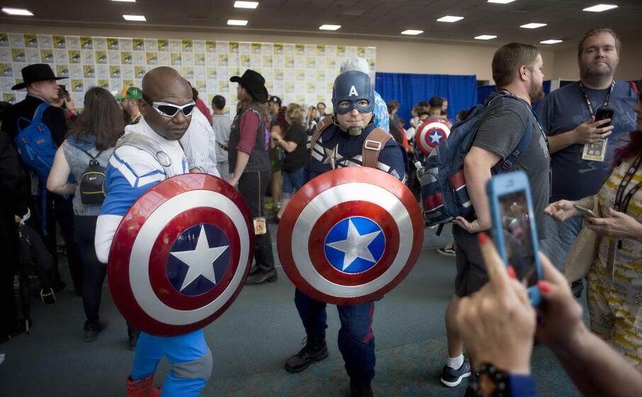 migliaia di appassionati alla kermesse dedicata ai fumetti