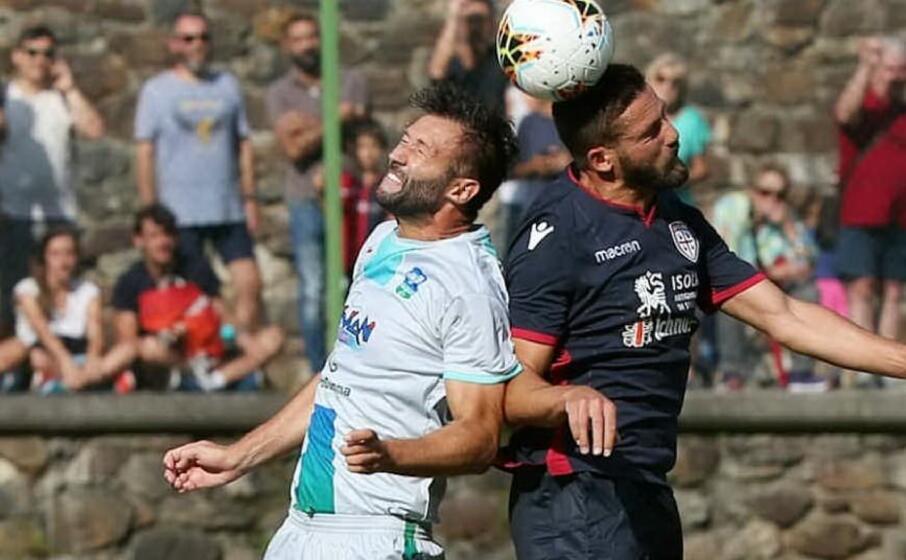 un duello durante il match (foto feralpisal instagram)