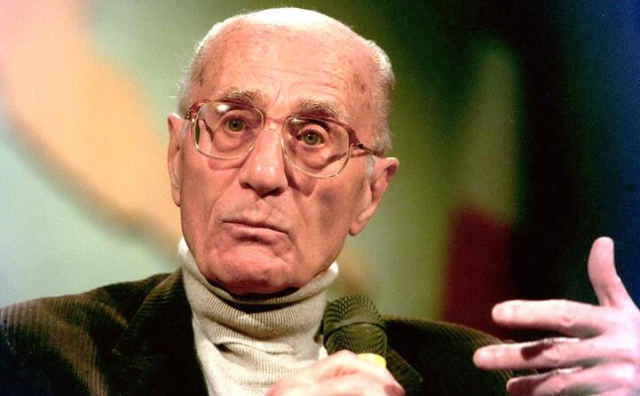 accaddeoggi 22 luglio 2001 muore indro montanelli storico e giornalista italiano uno dei pi grandi del 900