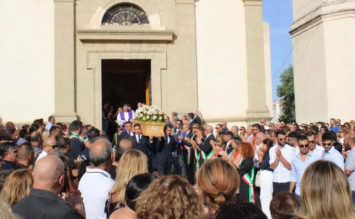 il funerale del sindaco di maracalagonis mario fadda