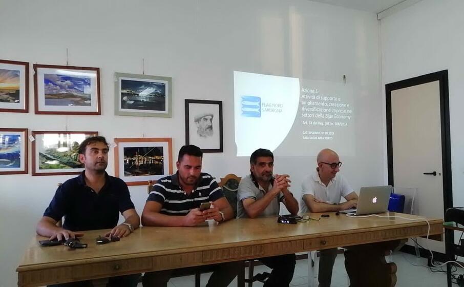 il tavolo di presidenza dell incontro (foto l unione sarda tellini)