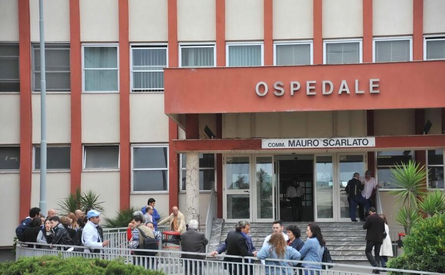 l ospedale di scafati (ansa)