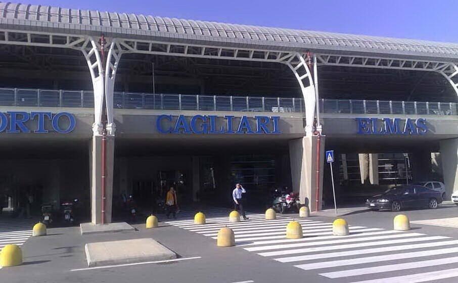 l aeroporto di cagliari elmas (archivio l unione sarda)