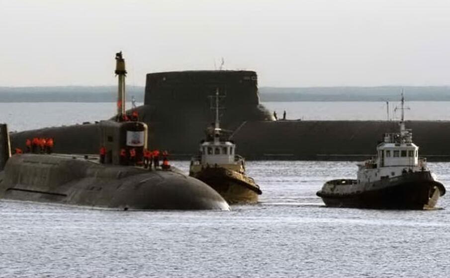 sottomarini russi nella zona militarizzata di severodvinsk (ansa)