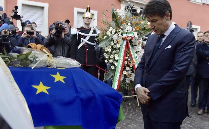 ai funerali di antonio megalizzi il 29enne rimasto ucciso negli attacchi di strasburgo