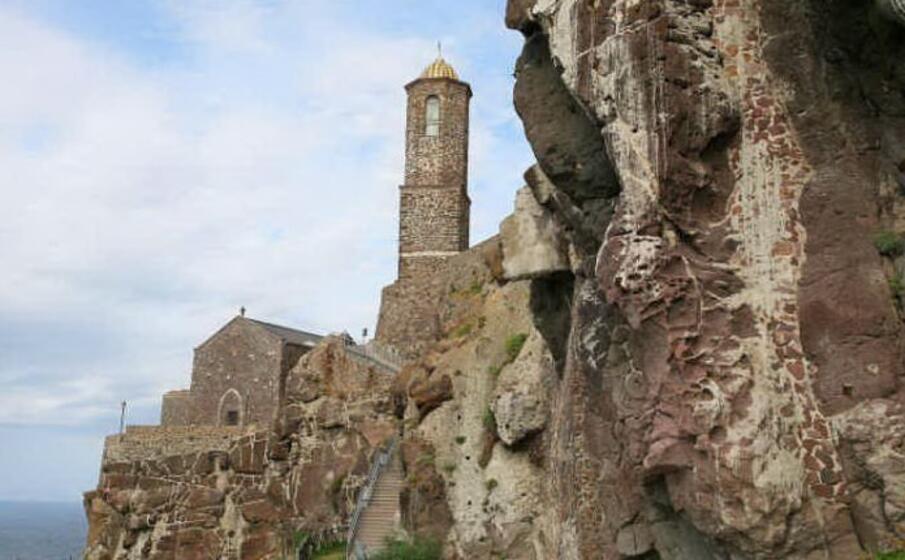 la cattedrale di castelsardo (foto da google)