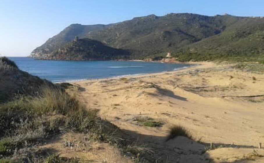 la spiaggia di porto ferro (l unione sarda tellini)