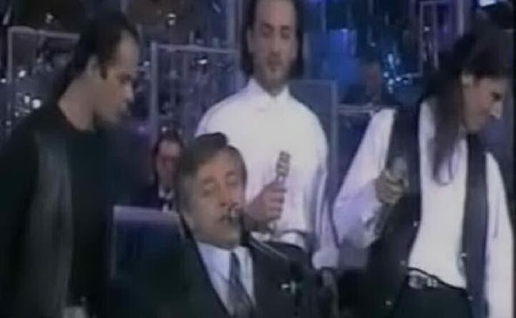 sempre sul palco dell ariston con i tazenda nel 1991 (archivio l unione sarda)