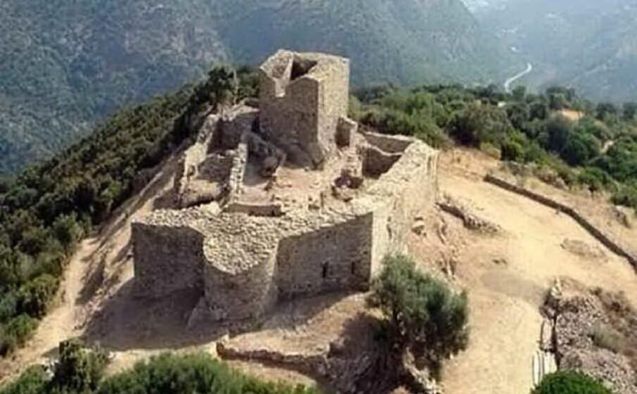 il castello di sassai (archivio l unione sarda)