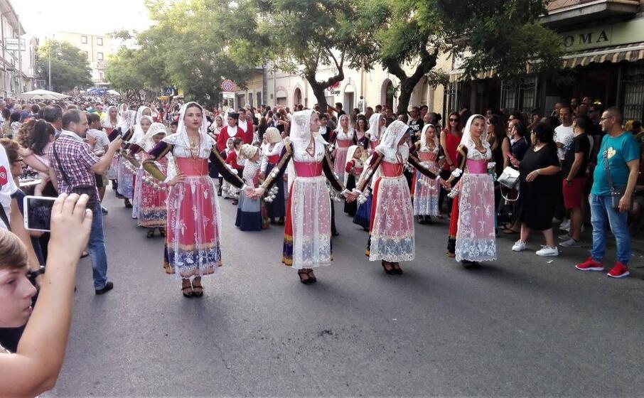 le ragazze del gruppo di ittiri (foto ufficio stampa)