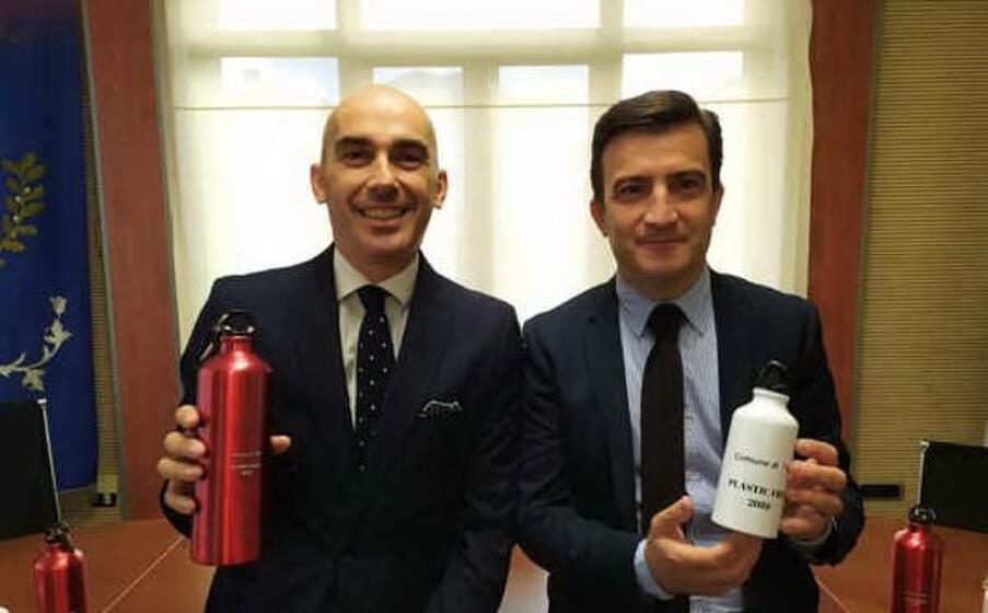 il sindaco di tissi gianmaria budroni e il vice sindaco domenico masia (l unione sarda tellini)