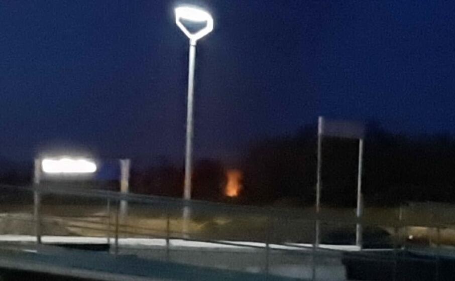l incendio dietro la stazione (l unione sarda pintori)