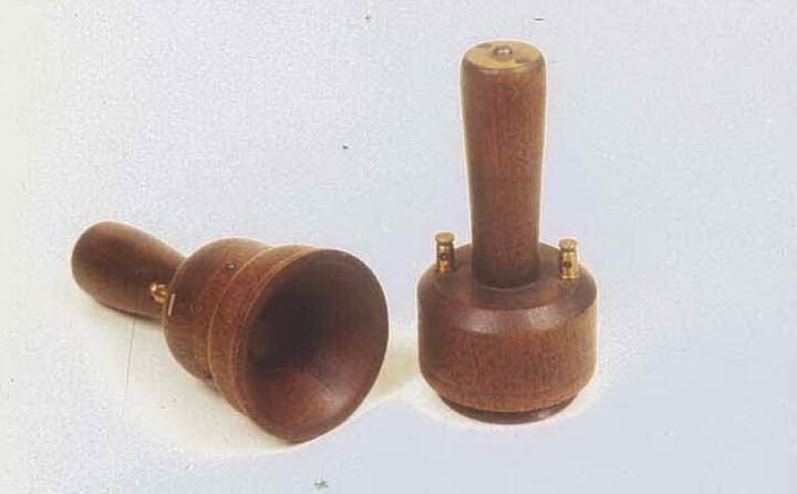 il suo contributo all invenzione del telefono gli viene riconosciuto dal congresso usa nel 2002