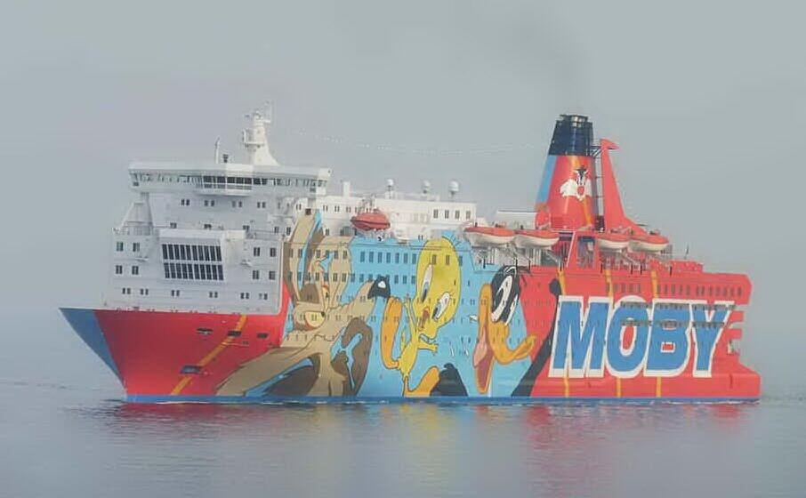 una nave della flotta moby (archivio l unione sarda)