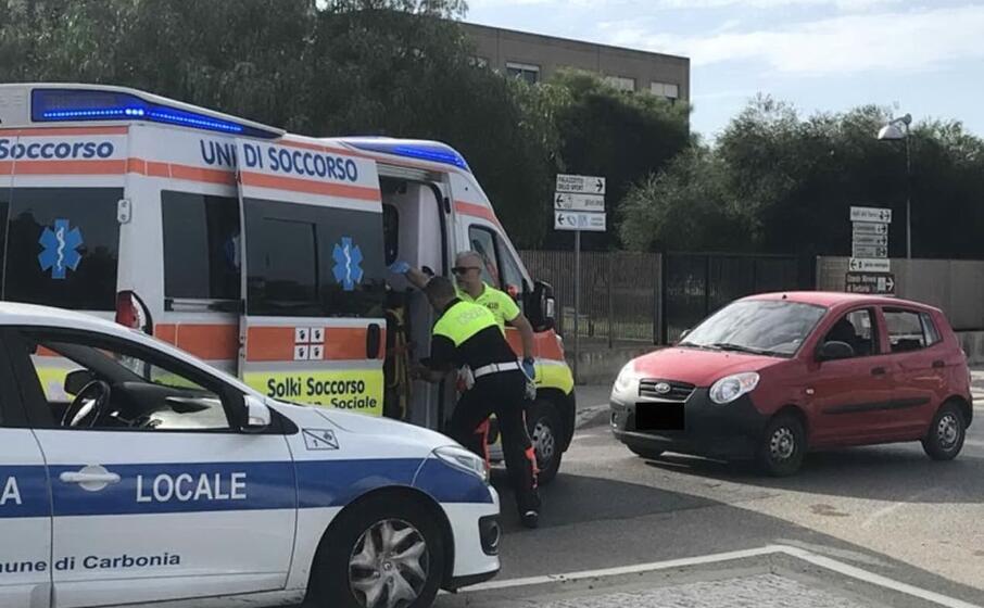 l auto coinvolta nell incidente (foto l unione sarda murru)