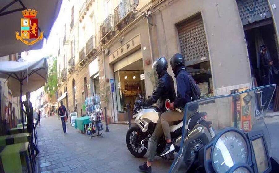 i falchi della mobile (foto polizia)
