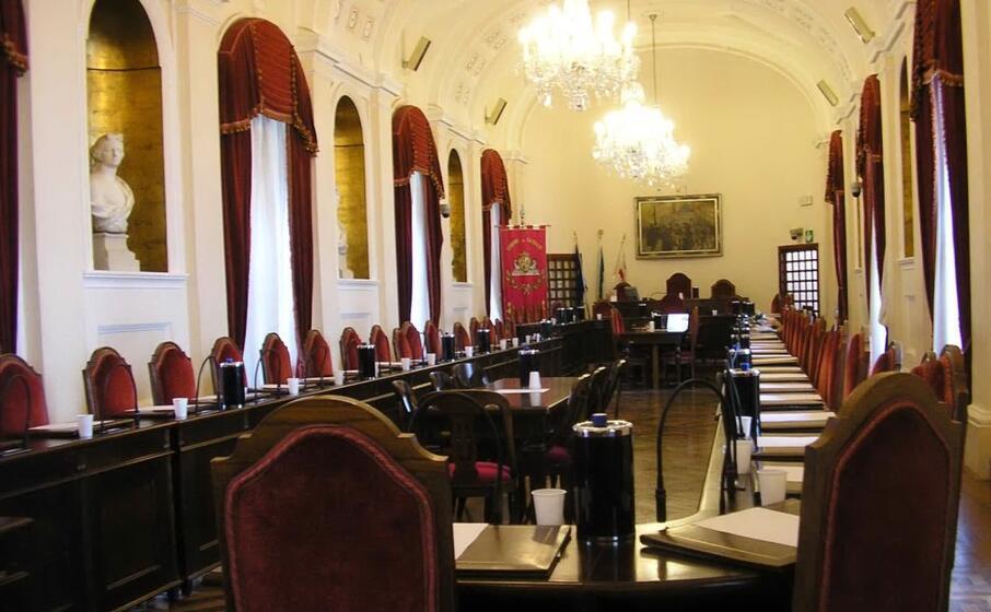 la sala consiliare del comune di sassari (l unione sarda tellini)