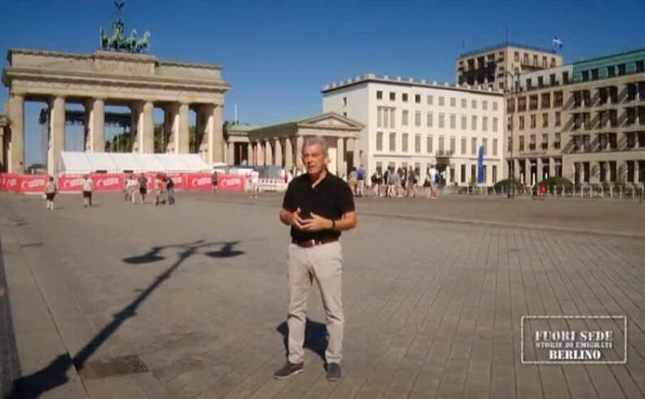 giacomo serreli a berlino (foto da frame video)