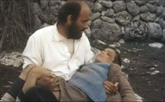 omero antonutti in una scena di padre padrone (foto wikipedia)