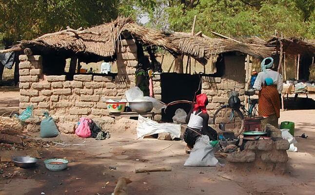 un villaggio in burkina faso (foto pixabay)