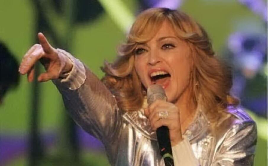 Madonna: alcuni fan le fanno causa, ecco perché