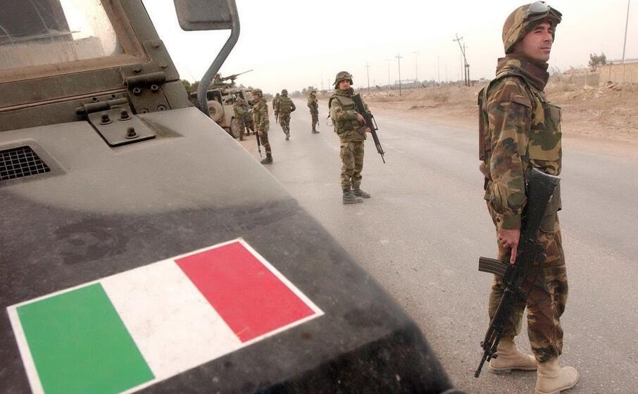soldati italiani in iraq (ansa)