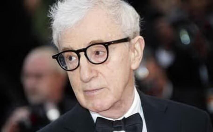 Woody Allen e Amazon rinunciano a causa