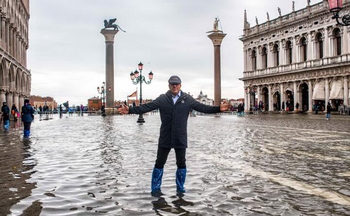 il presidente del venezia joe tacopina la prende con filosofia