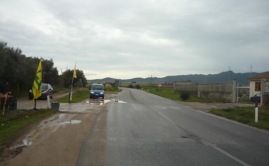 tratto della provinciale fra maracalagonis e gann (foto l unione sarda andrea serreli)