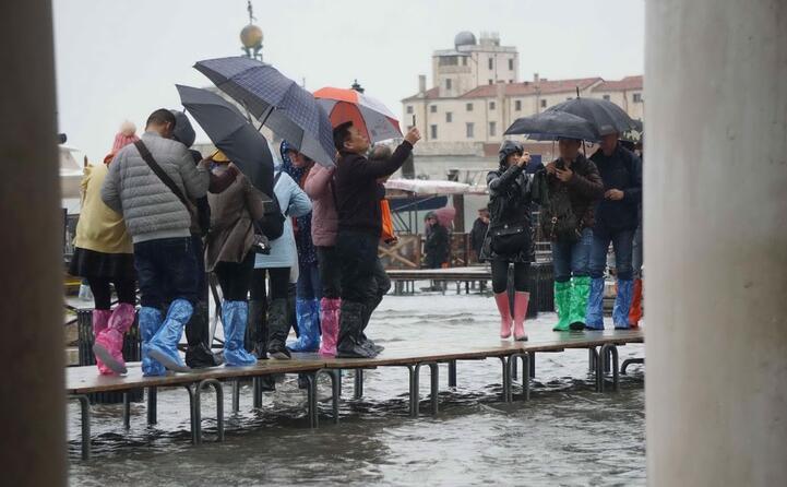 turisti in difficolt