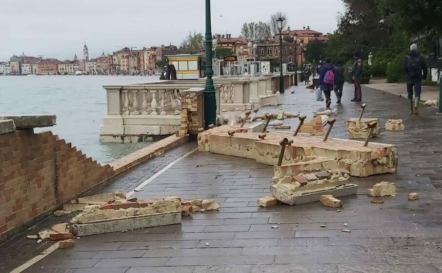 i danni provocati dal picco di acqua alta