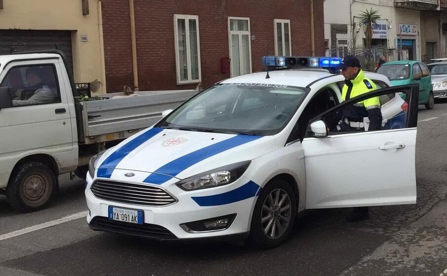 la polizia locale di oristano (foto e sanna)