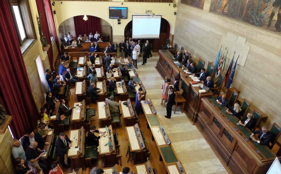 cagliari l aula del consiglio (archivio l unione sarda ungari)