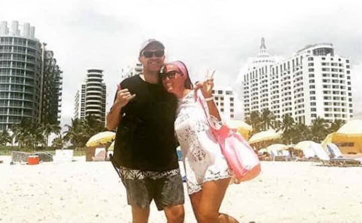 con la moglie debora pelamatti a miami (foto instagram)