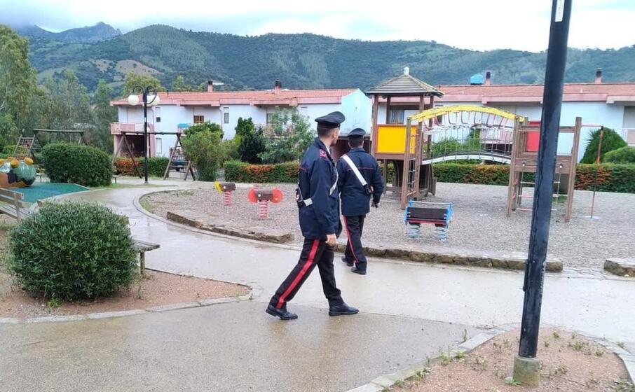 i carabinieri nel parco a tertenia