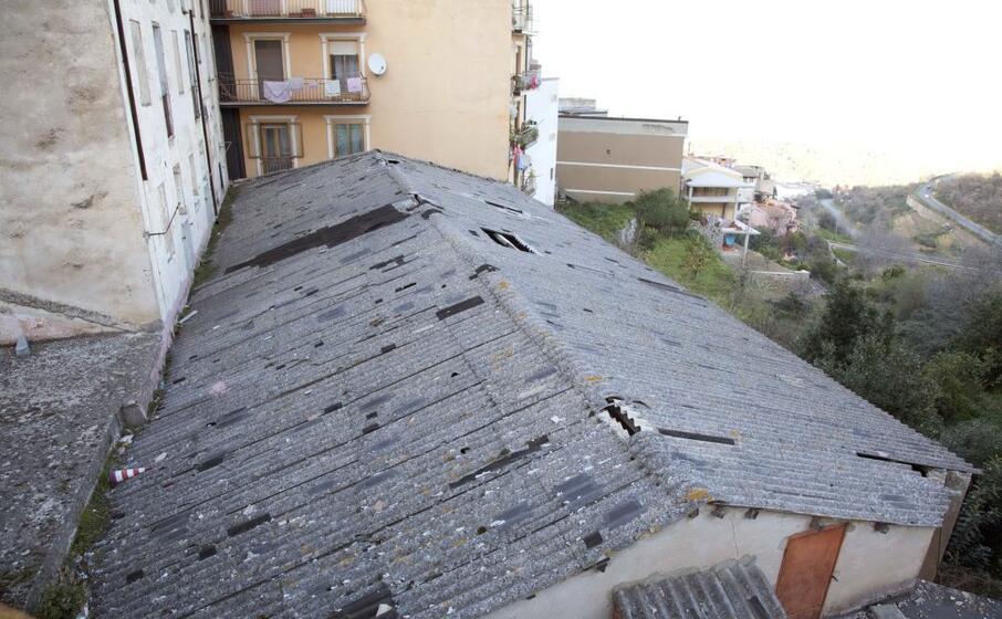 il tetto del vecchio cinema (archivio l unione sarda loi)