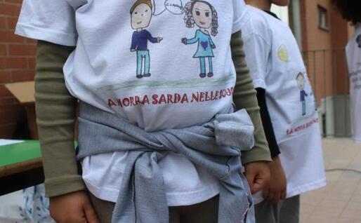"""""""La morra sarda nelle scuole"""" (foto associazione """"Gramsci"""")"""