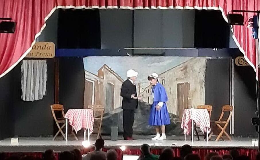 una commedia di teatro d autunno (foto antonella pani)