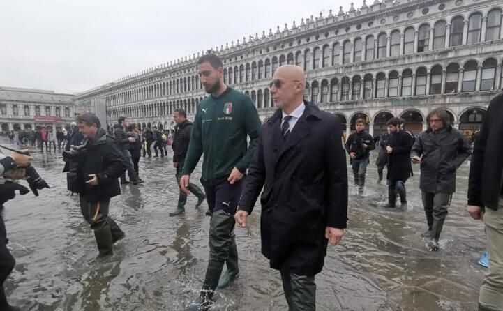 venezia la solidariet della nazionale