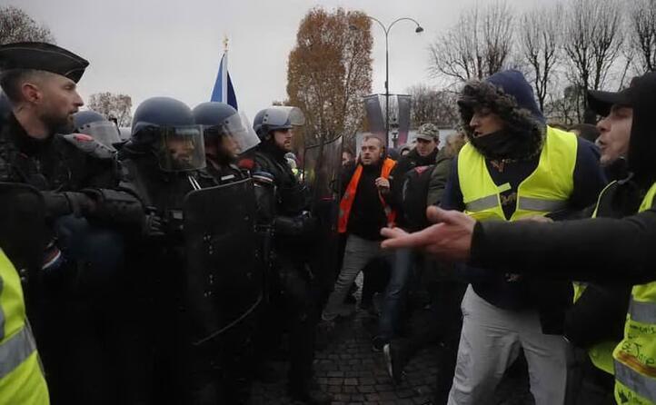 scontri con la polizia (archivio l unione sarda)