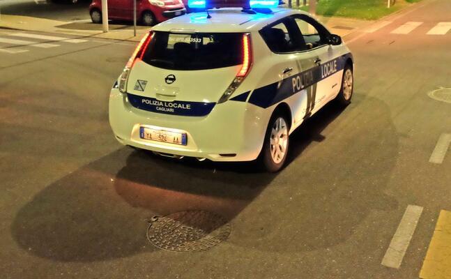 un auto della municipale (archivio l unione sarda ungari)